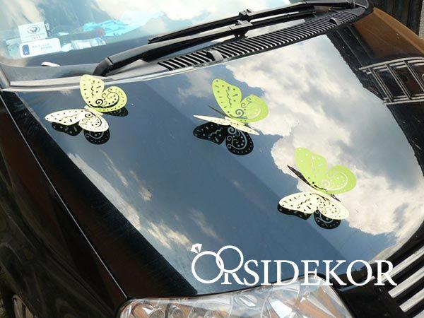 Esküvői autódekoráció - pillangó esküvői dekoráció
