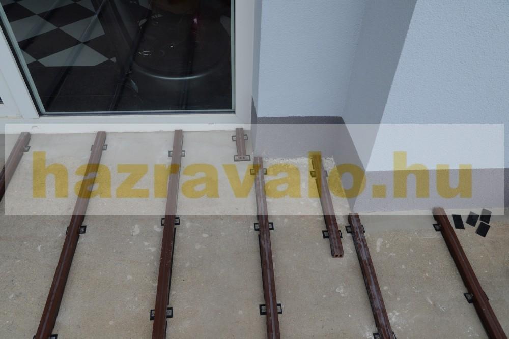 Takaróléc WPC padlólap 0,9x9x200 cm Fahatású dió élzáró