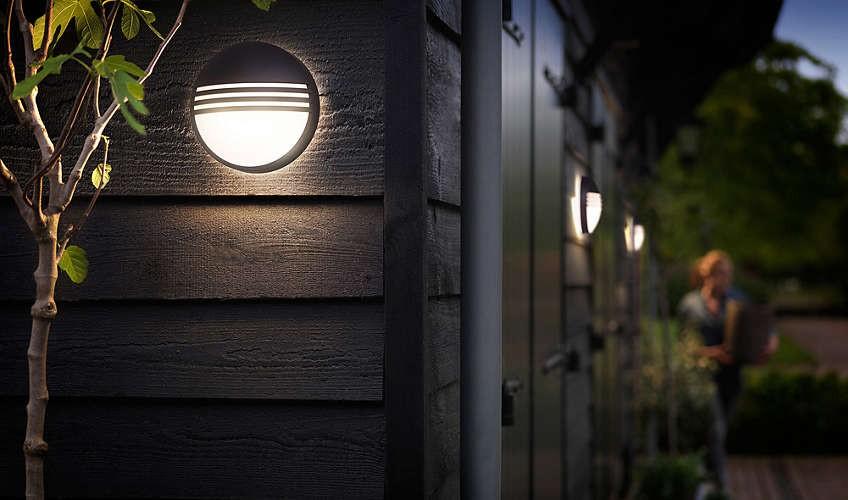 Philips 172963016 Yarrow kültéri fali lámpa (fekete) 2700K 1x6W