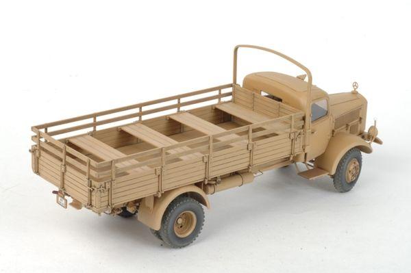 Heavy German Cargo Truck L 4500 S katonai jármű makett Zvezda 3596