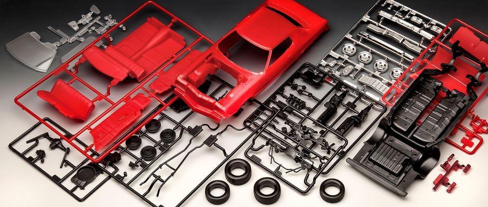 Revell 76' Ford Torino autó makett 1:25 7038