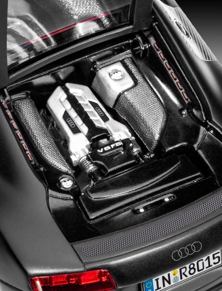 Revell Audi R8 black autó makett revell 7057