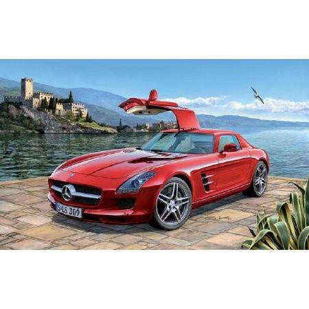 Revell Mercedes-Benz SLS AMG autó makett 7100